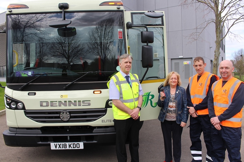 New & Improved Rushcliffe Refuse Lorry Safer For Public, Cyclists AND Crews